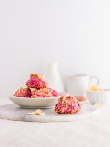 Healthier Pink Pitaya Coconut Macaroons1 | Sift & Simmer