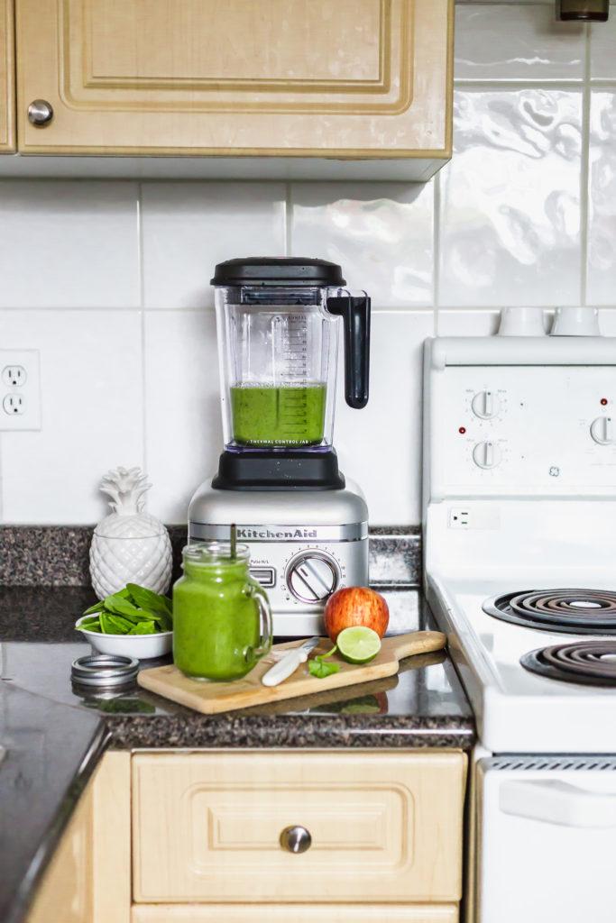 Kitchenaid Blender on kitchen counter.