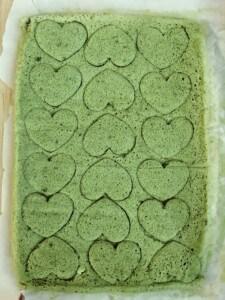 Cut out matcha cake hearts.
